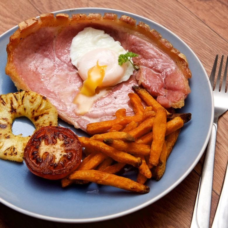 Horseshoe Gammon Steak